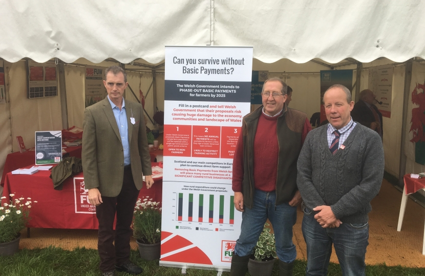 Monmouth MP David Davies meeting with the FUW at the Usk Show